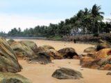 Российские туроператоры приостановили продажу туров на Шри-Ланку